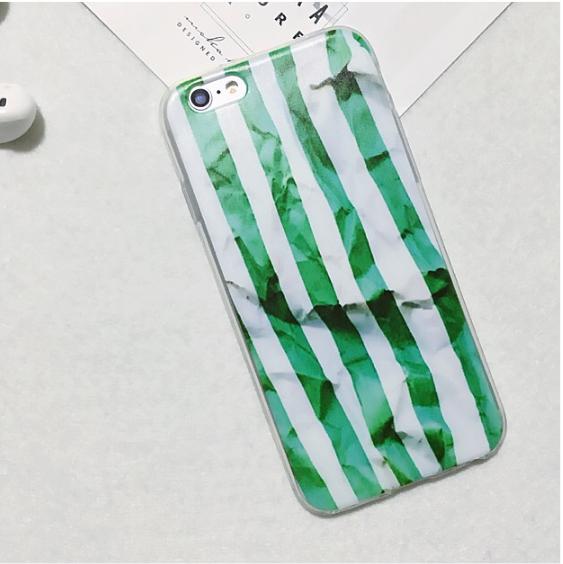 Силиконовый чехол для iphone 6/6s с зелеными полосками