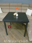 Стол-трансформер из двух квадратных ламинированных плит B 2253