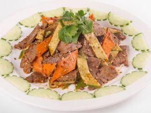 Салат из говядины с огурцом 400г