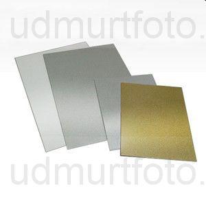 Печать на золотой металлической пластине