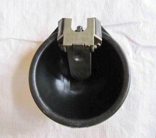Автопоилка с язычком АП-1. Пластик.