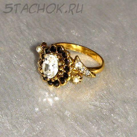 Кольцо черно-белое под золото