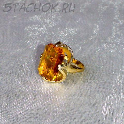 Кольцо желтый топаз под золото