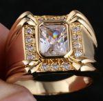 Позолоченный мужской перстень с искусственными бриллиантами (арт. 260105)