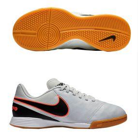 Детские футзалки Nike Tiempo Legend VI IC Junior белые