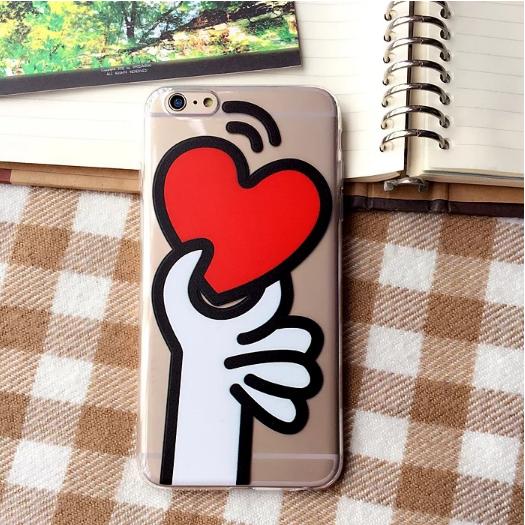 Силиконовый чехол с сердечком  для iPhone 6/6s