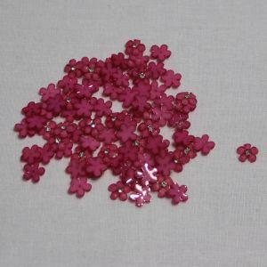 "Кабошон со стразой ""Цветок"" 10 мм, цвет ярко-розовый (1уп = 50шт)"