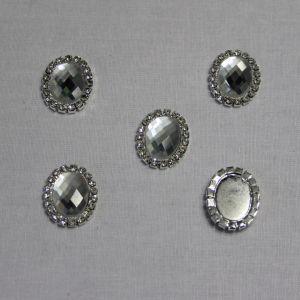 Кабошон со стразами, овал, цвет основы - серебро, стразы - прозрачный, 23*18 мм (1уп = 10шт)