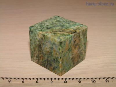 Куб из камня лиственит (32мм)