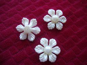 """кабошон """"Цветок жемчужный крупный острые лепестки"""" цвет молочный 35мм"""