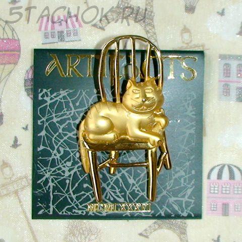 """Брошь """"Чеширский кот на стуле"""" под золото"""
