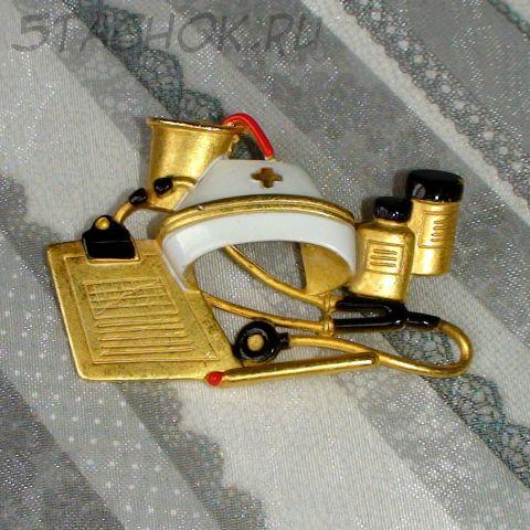 """Брошь """"Медработник"""" под золото, эмаль"""