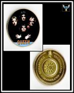 Группа Квин (Queen) на темном фоне жетон цветной принт