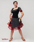 Красивый костюм для латины в магазине одежды для бальных танцев