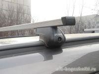 Багажник на крышу Opel Zafira, прямоугольные дуги на интегрированные рейлинги, Атлант