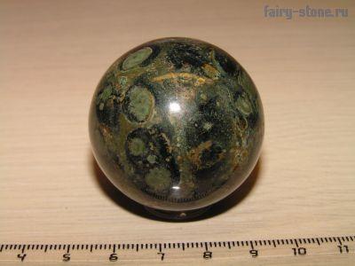 Шар из яшмы Камбаба (риолит) (40мм)