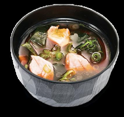 Мисо-суп с лапшой удон и лососем