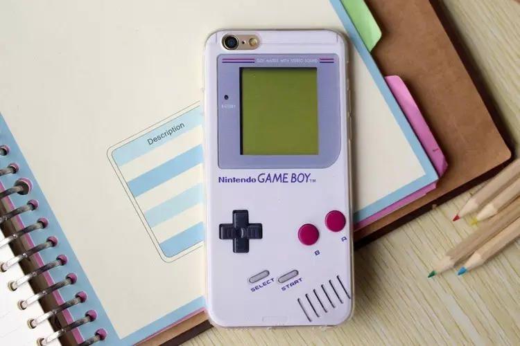 Силиконовый чехол для iPhone 6/6s (Game Boy)
