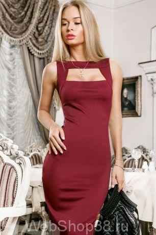 Облегающее платье миди цвет марсала с необычным вырезом