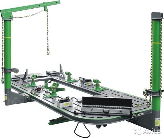 Платформенный стапель (5200х2100мм) грузопод. 3.5тн., 2 силовых устройства усилием 10тн, ручная лебедка, 2 шт. пневмогидр.насоса, измерительная телескопическая  линейка , передвижной стенд  с оснасткой 14 пр.,