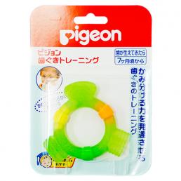 PIGEON Прорезыватель с 7+ мес. Игрушка тренирует осязание, мелкую моторику и силу прикуса.