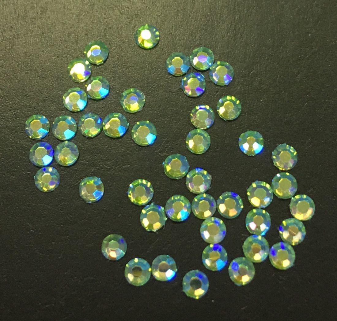Стразы SS5 стекло плоские (Peridot AB) салатовые голография уп/50шт