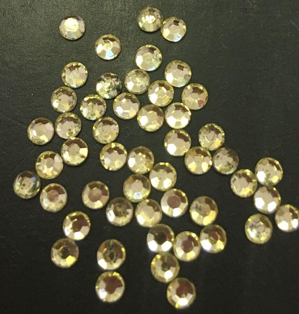 Стразы SS6/2,02 стекло плоск (Jonquil 011) светло-желтые уп/50шт