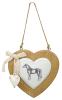 Подвеску на стену в виде сердца с лошадью