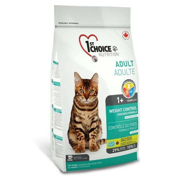 Сухой корм для стерилизованных кошек 1st Choice Weight Control с курицей 2.72кг