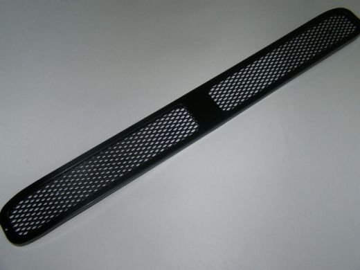 Решетка на бампер ВАЗ 2113-15 /сетка-спорт/ /НЕКРАШ./