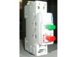 Кнопочный выключатель Legrand с фиксатором 1НЗ+зеленый индикатор