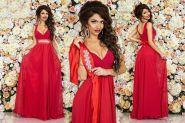 Красное платье в пол со стразами