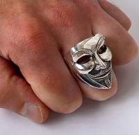 Стальной перстень в виде маски Гая Фокса