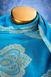 Голубой индийский палантин из хлопка