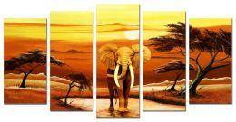 Слон на закате