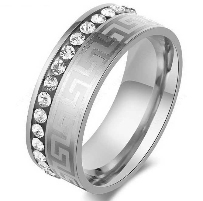 Кольцо Versace с камнями цирконами