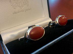 стильные английские запонки из натуральной яшмы ,овальные OVAL CABOCHON RED JASPER