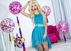 Бирюзовое кружевное платье
