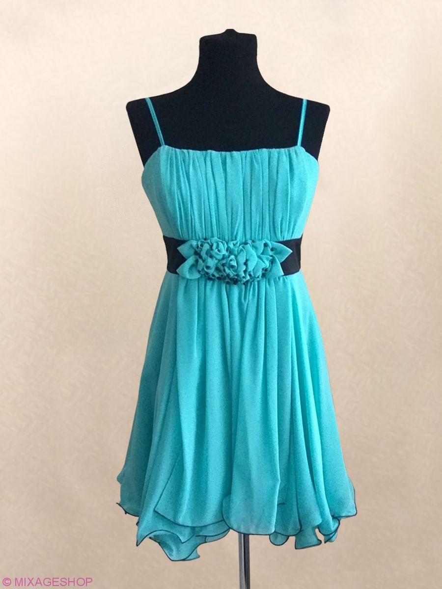 Нарядное воздушное платье из шифона мятного цвета.