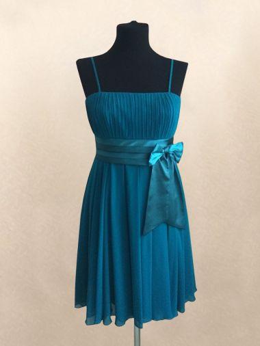 Шифоновое платье бирюзового цвета на атласной подкладке
