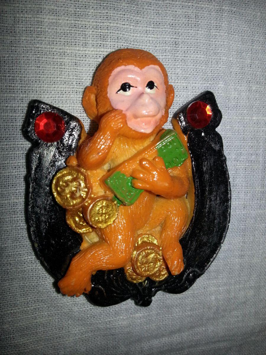 Магнит на холодильник обезьянка 001-1