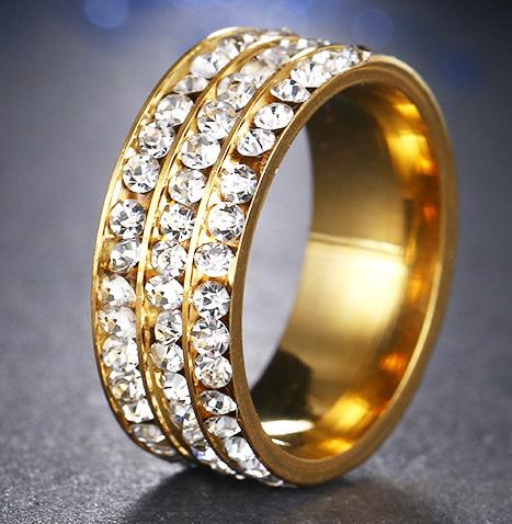 Кольцо с натуральными цирконами