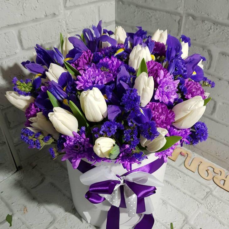 Весенний Гигант из Белых тюльпан