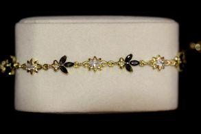 """Позолоченный браслет """"Флора"""" с искусственными ониксами и бриллиантами (арт. 305117)"""