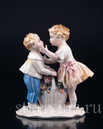 Изображение Первый поцелуй, дети с корзиной цветов, Karl Ens, Германия, 1920-30 гг