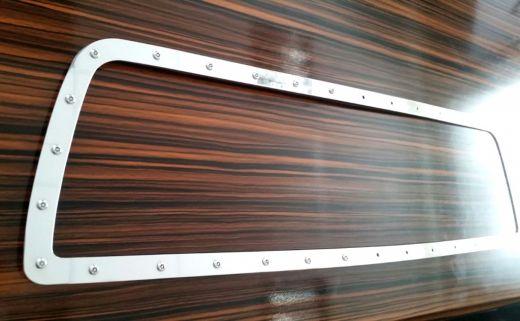 Дополнительная рамка к решетке радиатора Toyota Tundra 2007-2013