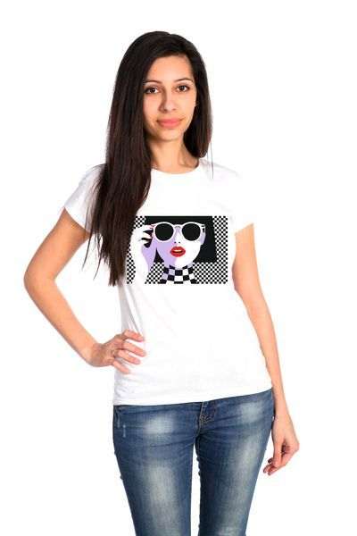 Девочка в очках футболка женская