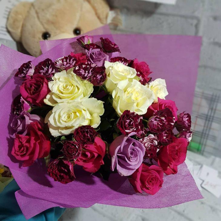 букет из Микс роз