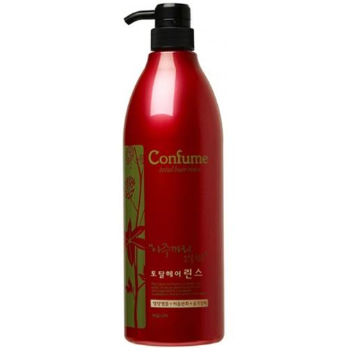 Кондиционер для волос c касторовым маслом Welcos Confume Total Hair Rinse 950мл