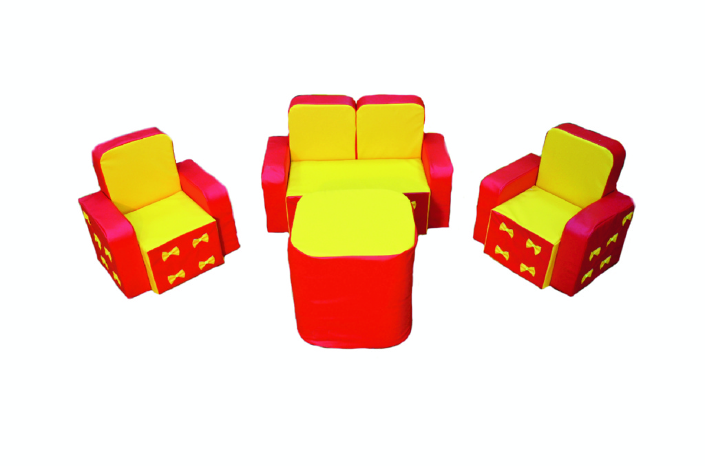 """Набор мебели """"Машенька"""" с аппликацией и столиком, 4элемента"""